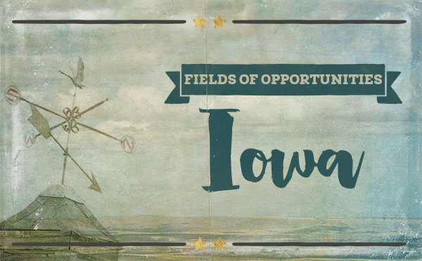 An original travel postcard—Iowa